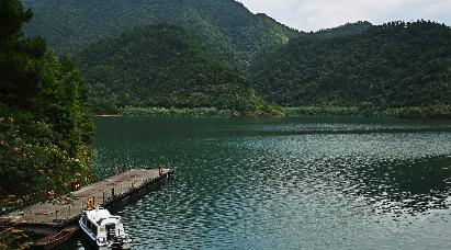 【纯玩】<黄山、水墨宏村、千岛湖、宋代老街双高铁五天团 >