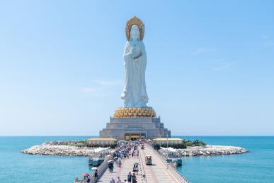 【逍遥爸妈乐】<三亚双飞4天爸妈乐> 南山佛教文化园 天涯海角 兴隆植物园 红色娘子演出(三亚往返)