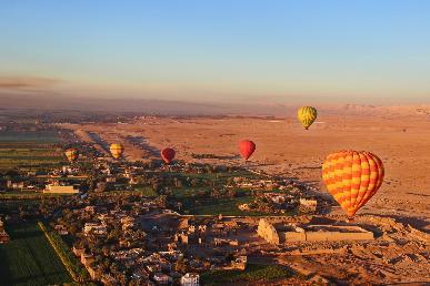 【超值】<埃及法老传奇之开罗、红海、卢克索、亚历山大双飞天游>赠送超值大礼包
