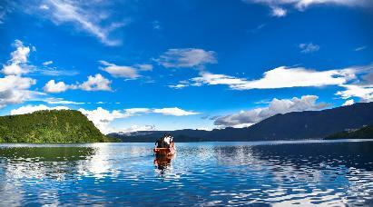 【享趣泸沽湖】<昆明石林、崇圣寺三塔、丽江玉龙雪山、泸沽湖6日纯玩游--昆明往返双飞一动>